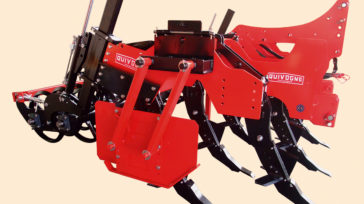 Subsoiler SSDR-XL double wedge ring roller, side deflectors