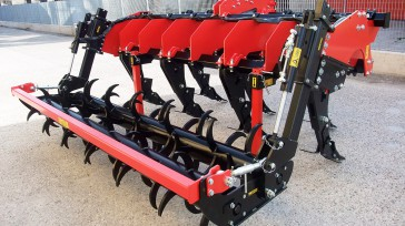 Subsoiler SSDR-XL double spiked roller, hydraulically adjustable